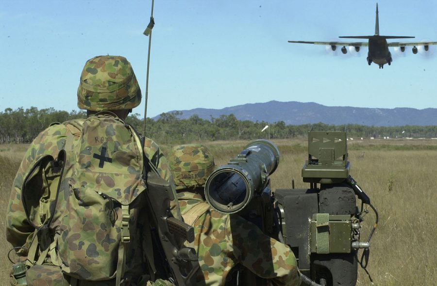 Australian+soldiers+during+a+training+exercise+with+American+troops+in+2001.+