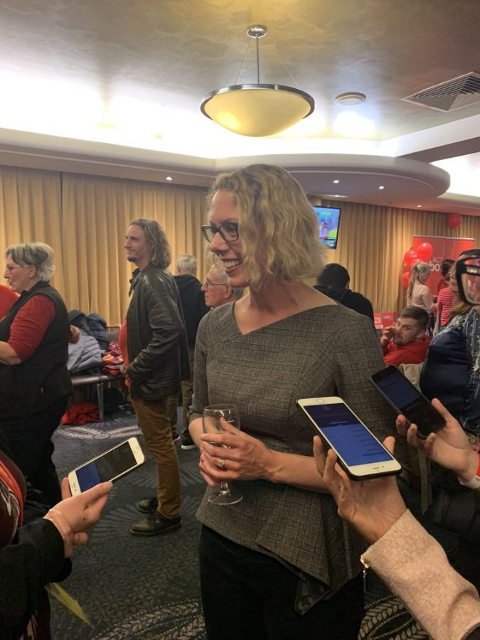 The+new+member+for+Canberra%2C+Alicia+Payne%2C+speaks+to+reporters+after+claiming+victory.