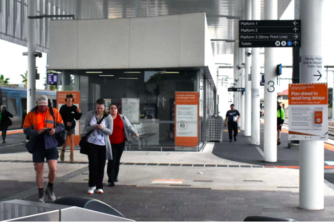 Almost all aboard to spur on Frankston, but Andrews in the waiting room