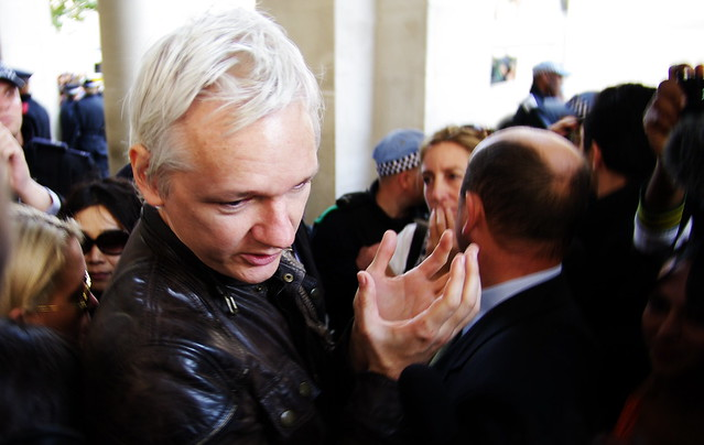 Julian+Assange+in+London.+%28Photo%3A+By+Hadyn+Wheeler%2FFlickr+CC+BY-NC-SA+2.0%29